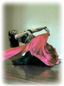 Alay'nya - veil and floorwork combination in vintage-style improvisational dance.