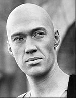 David_Carradine_as_Caine_from_Kung_Fu_-_c._1972–1975